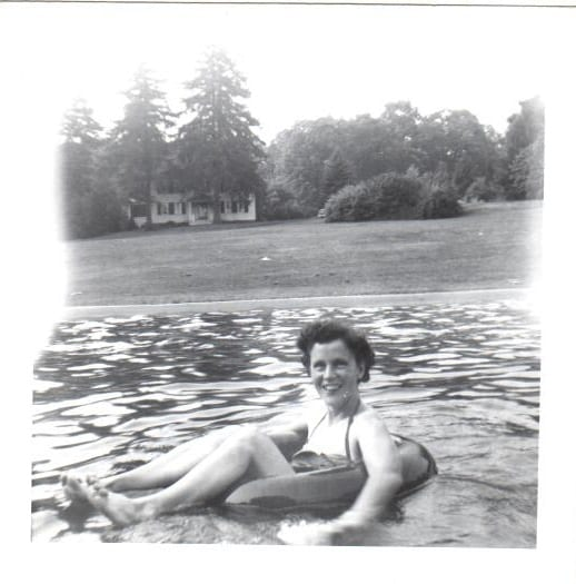 mother_early50s